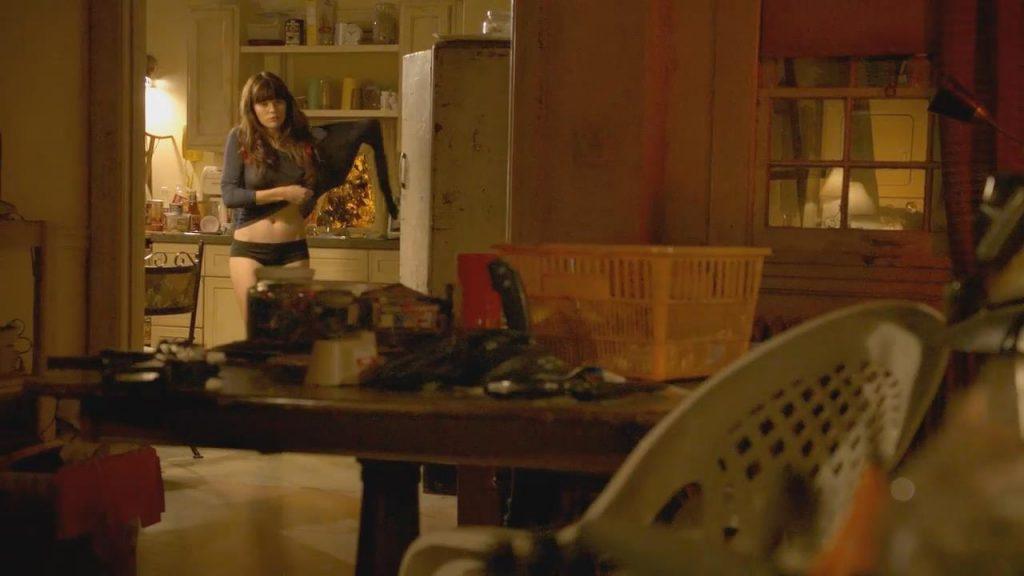 Emma Greenwell Nude – Shameless (4 Pics + Video)