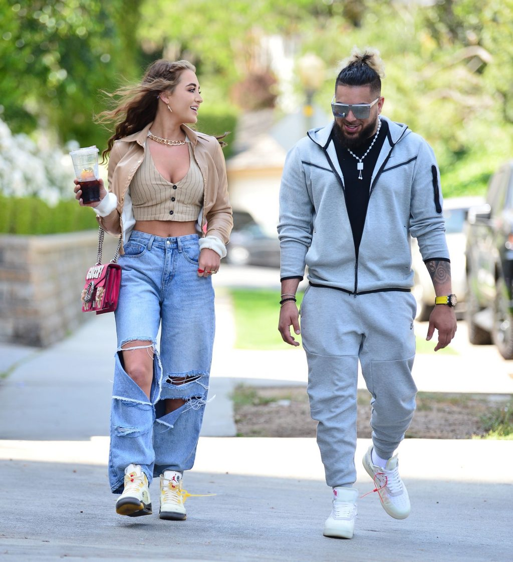 Georgia Harrison Steps Out With Her Business Partner in LA (14 Photos)