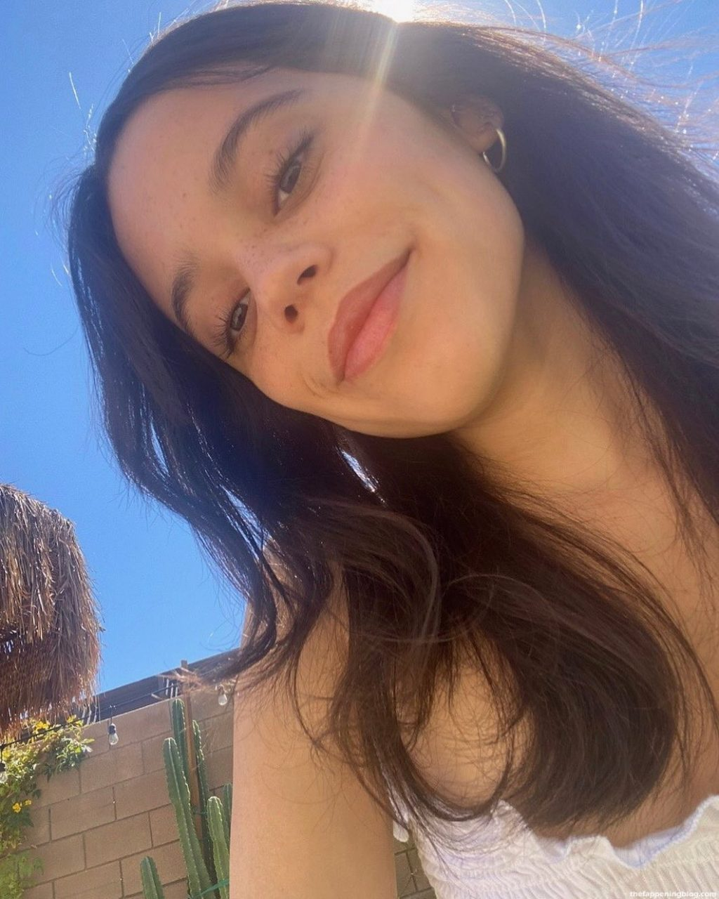 Jenna Ortega Sexy (15 Photos)