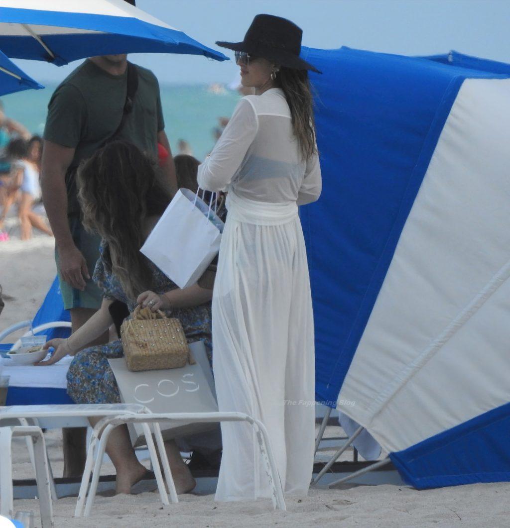 Jessica Alba Soaks Up the Sun in Miami with Her Husband Cash Warren (85 Photos)