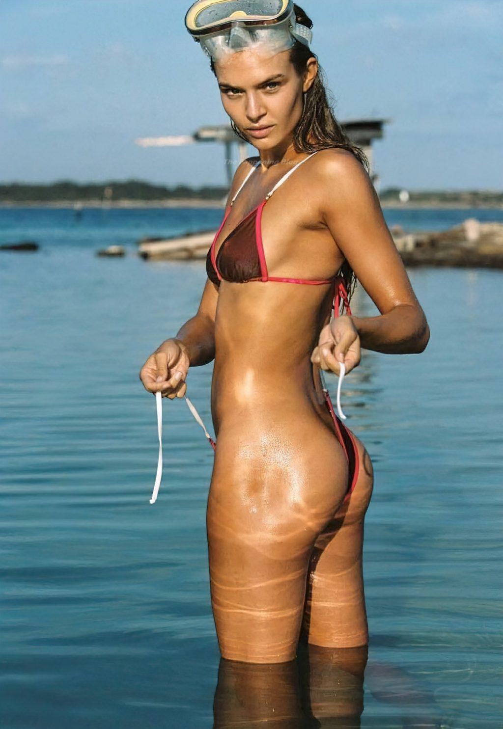 Josephine Skriver Sexy & Topless (29 Photos)