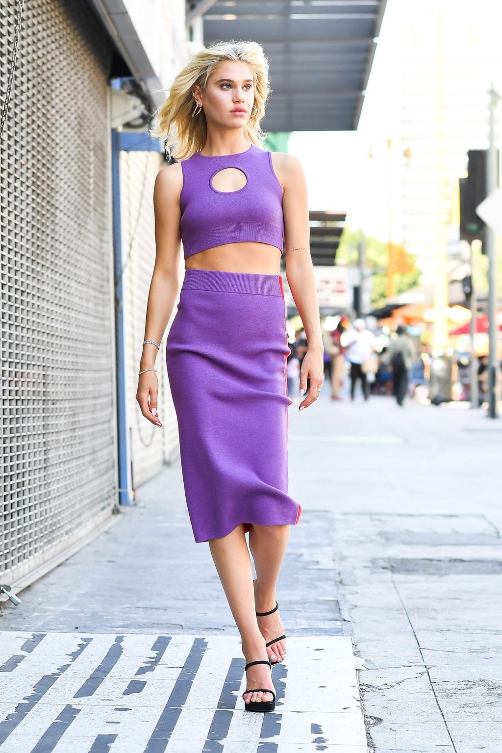 Meredith Mickelson is Seen Doing a Shoot in LA (19 Photos)