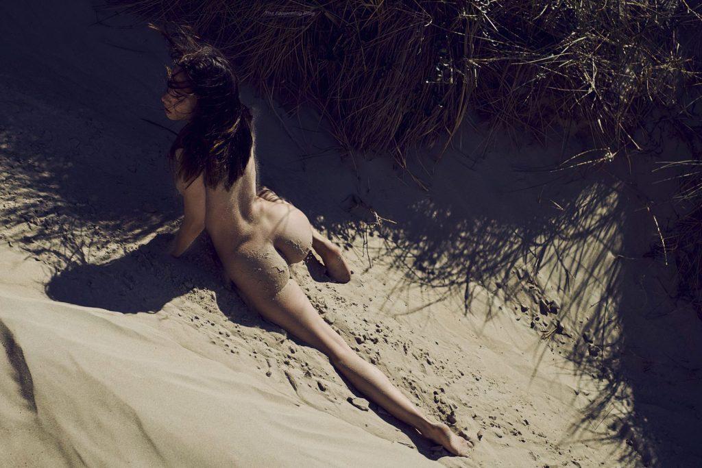 Rebecca Bagnol Nude & Sexy (14 Photos)