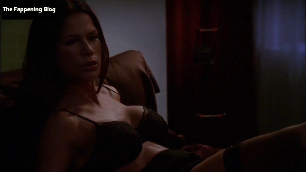 Rhona Mitra Sexy – Nip/Tuck (5 Pics + Video)