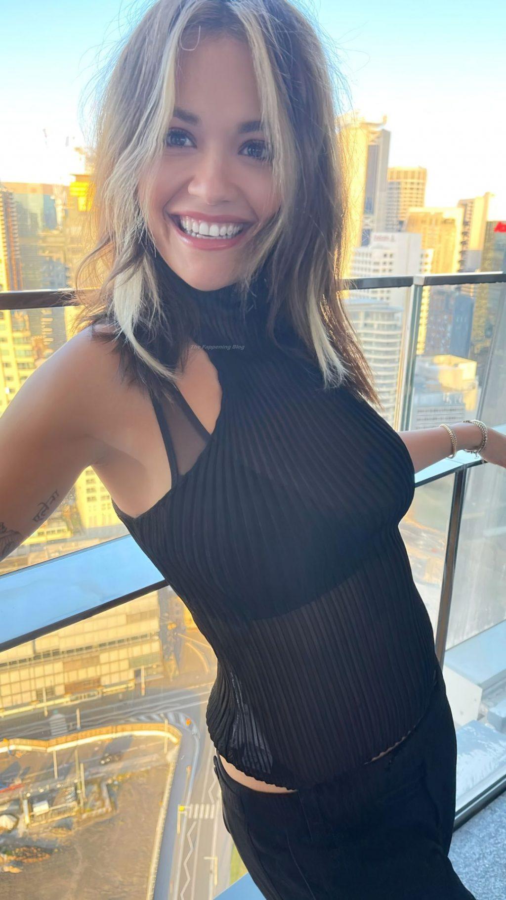 Rita Ora Hot (10 Photos)