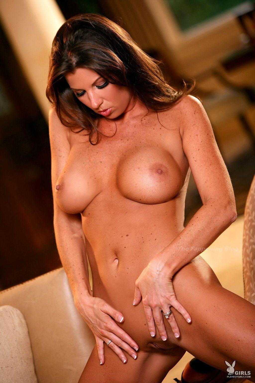 Suzanne Berkshire Nude (24 Photos)