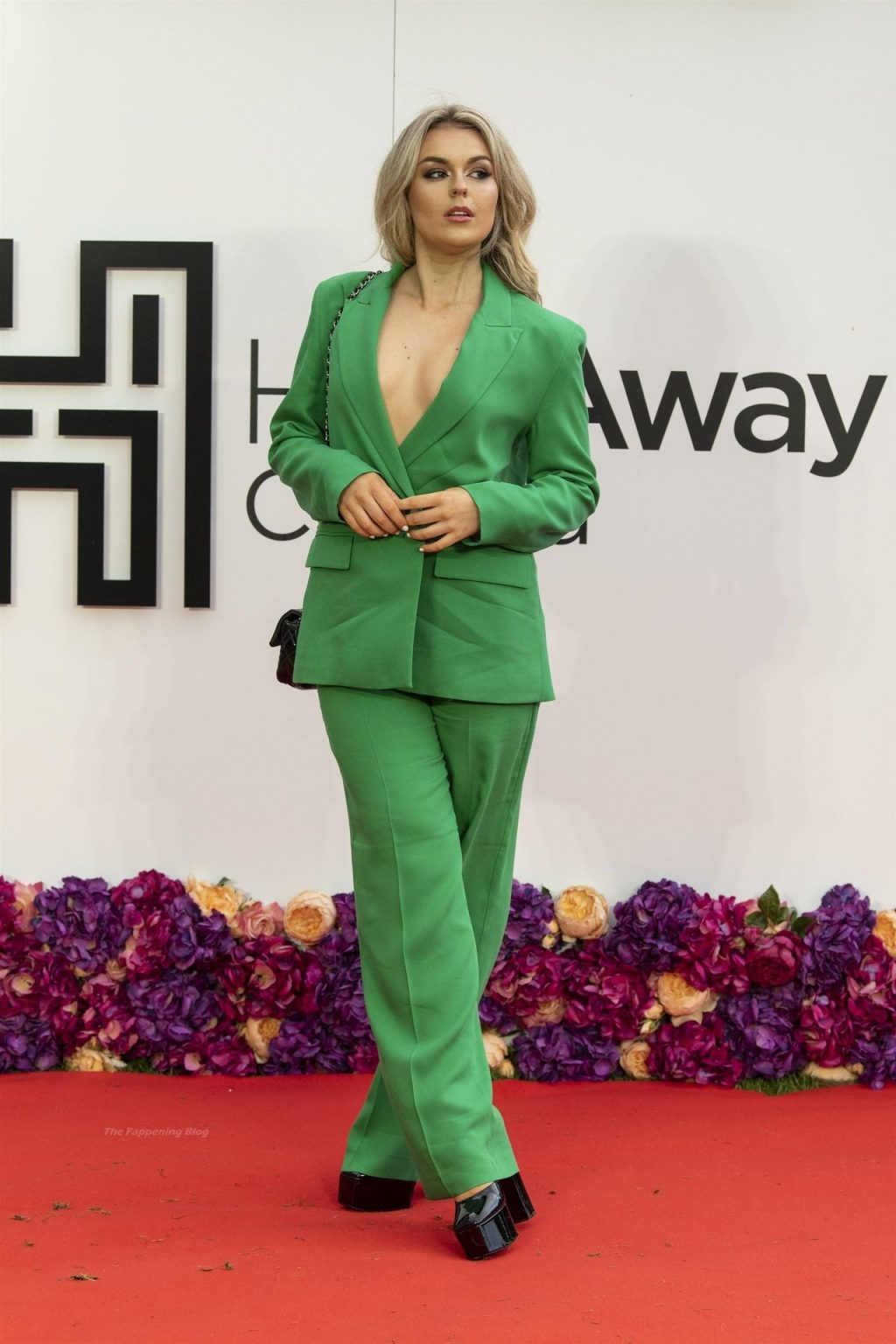 Tallia Storm Goes Braless Under a Green Suit at the Screening of Wonder Woman 1984 (57 Photos)