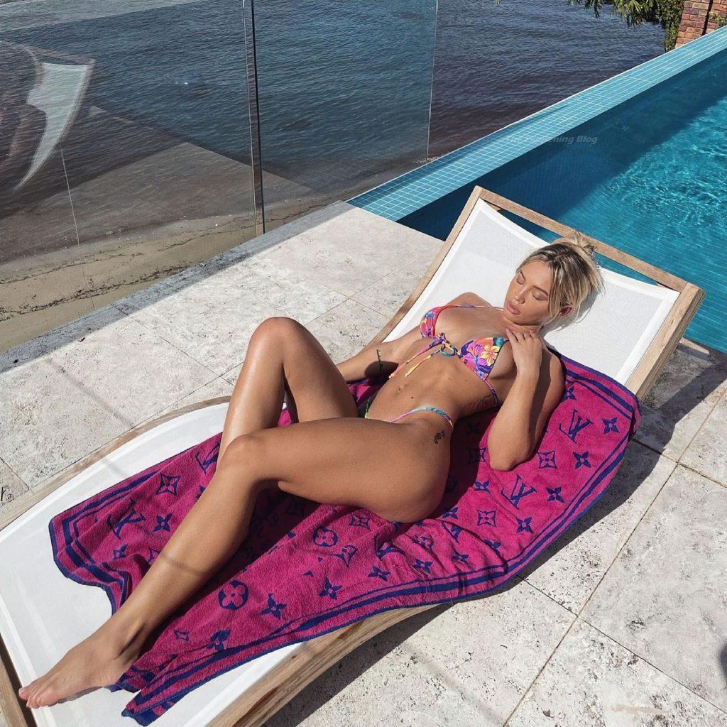 Tammy Hembrow Sexy (5 Photos)