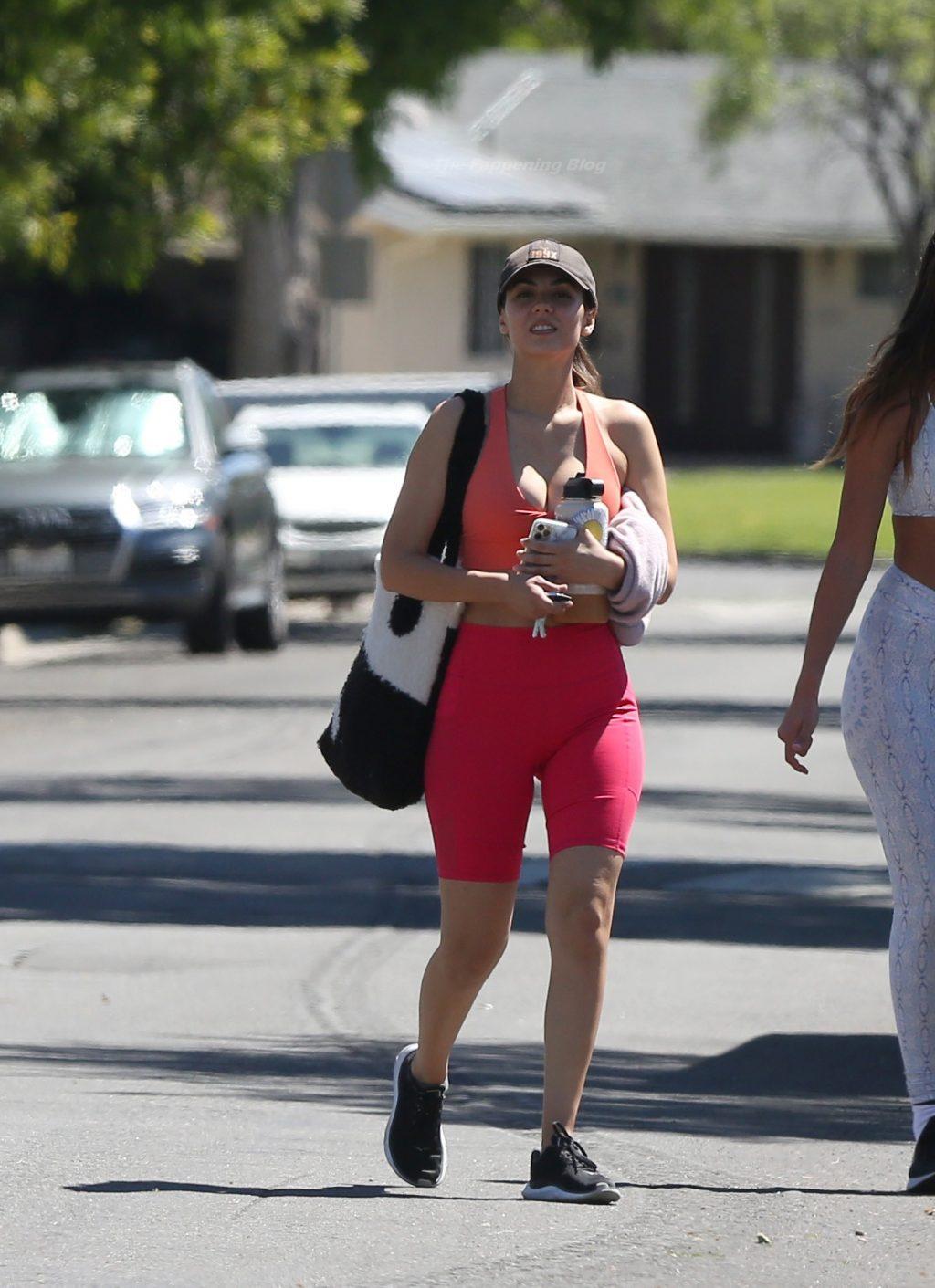 Victoria Justice Flaunts Nice Cleavage in Los Angeles (11 Photos)