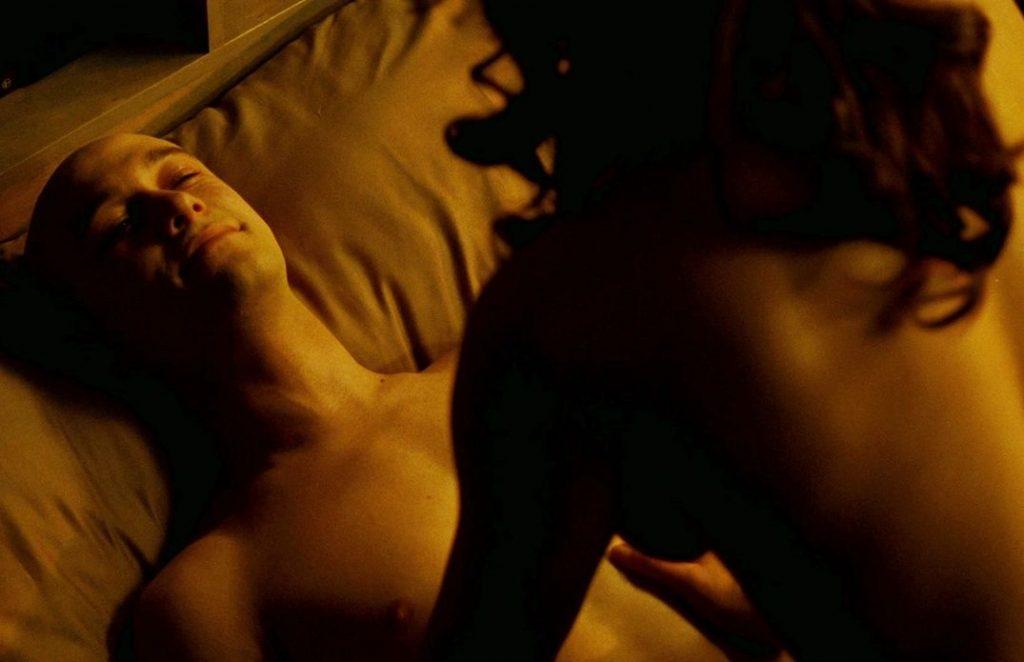 Jessica Parker Kennedy Nude & Sexy (44 Photos)