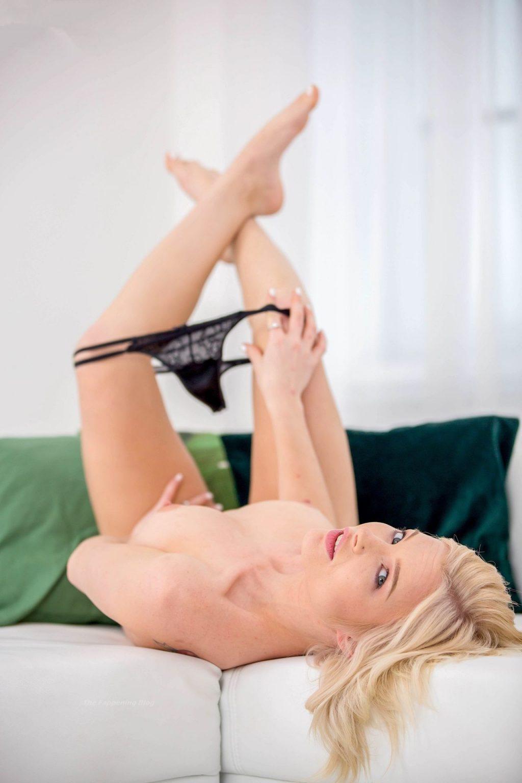 Mikki Galante Nude (8 Photos)