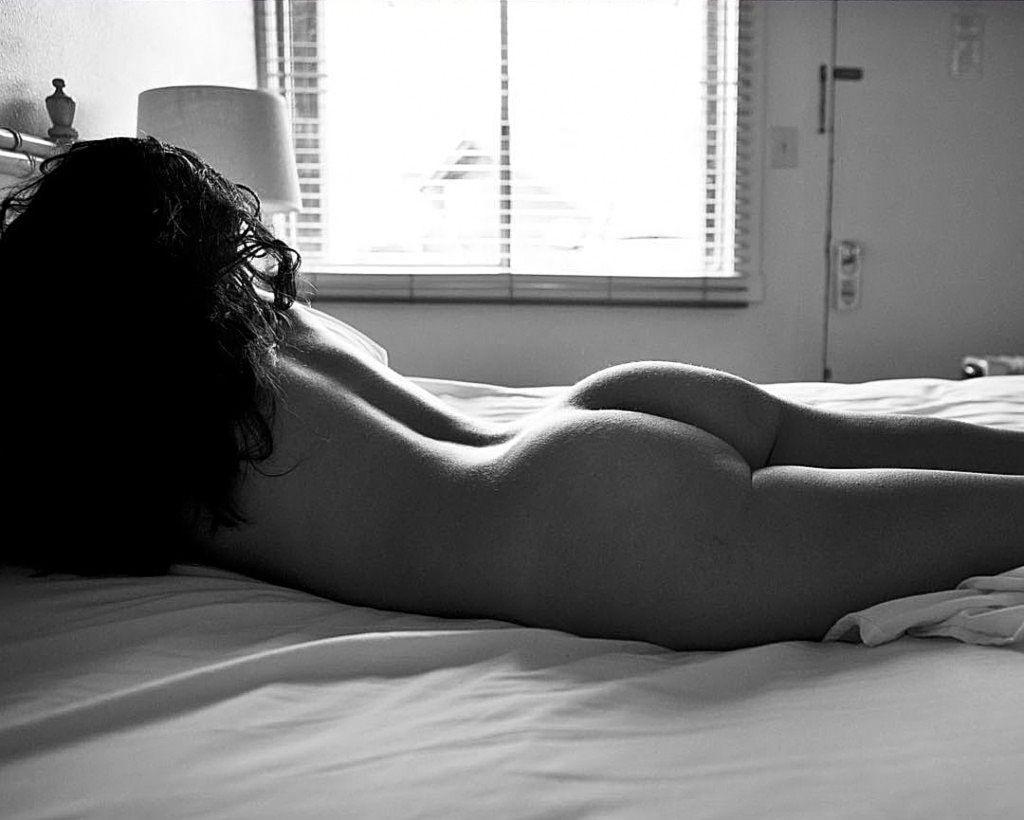 Lela Loren Nude, Topless & Sexy (152 Photos + Sex Video Scenes)