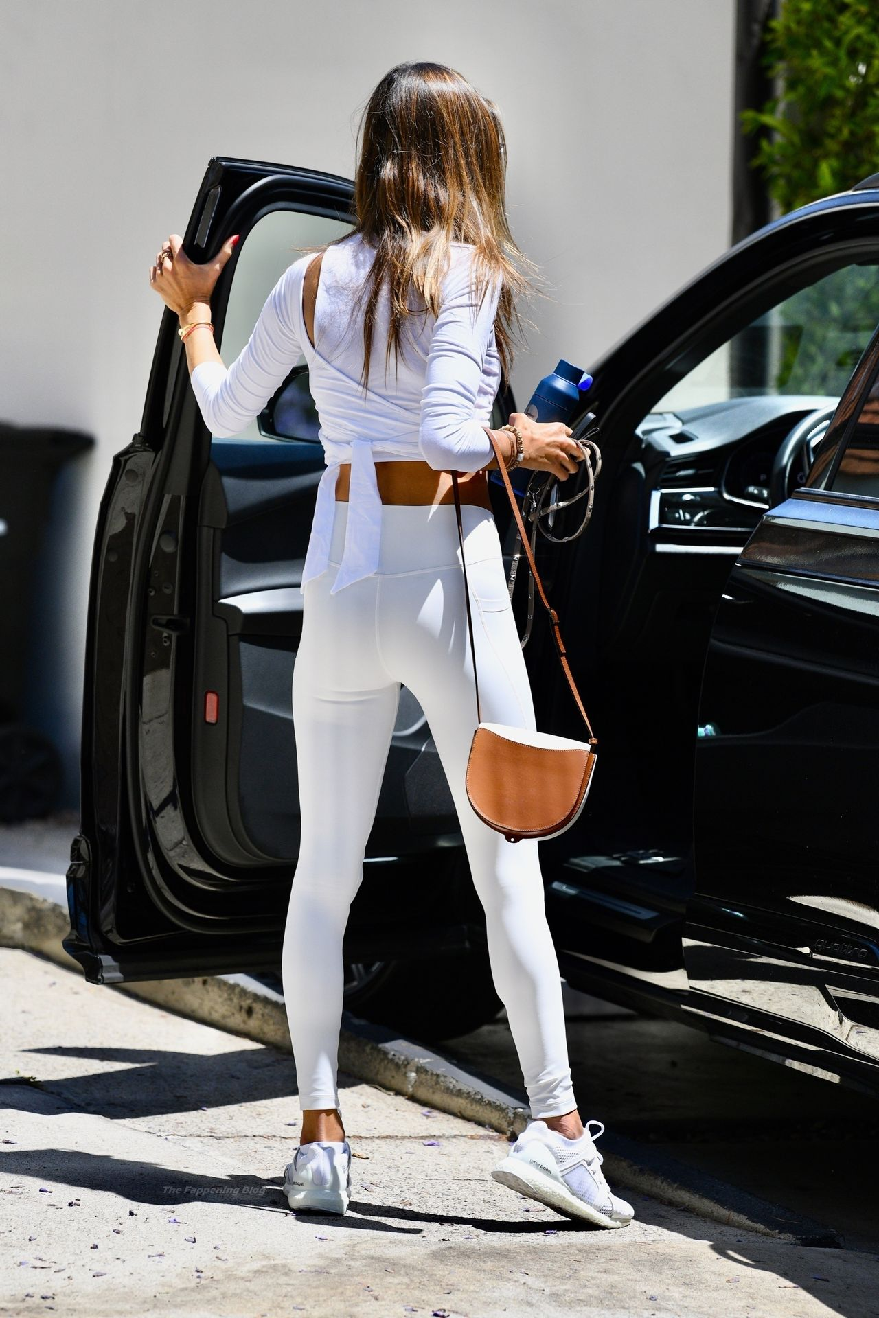 Alessandra-Ambrosio-Sexy-75-leakedmodels.com_.jpg