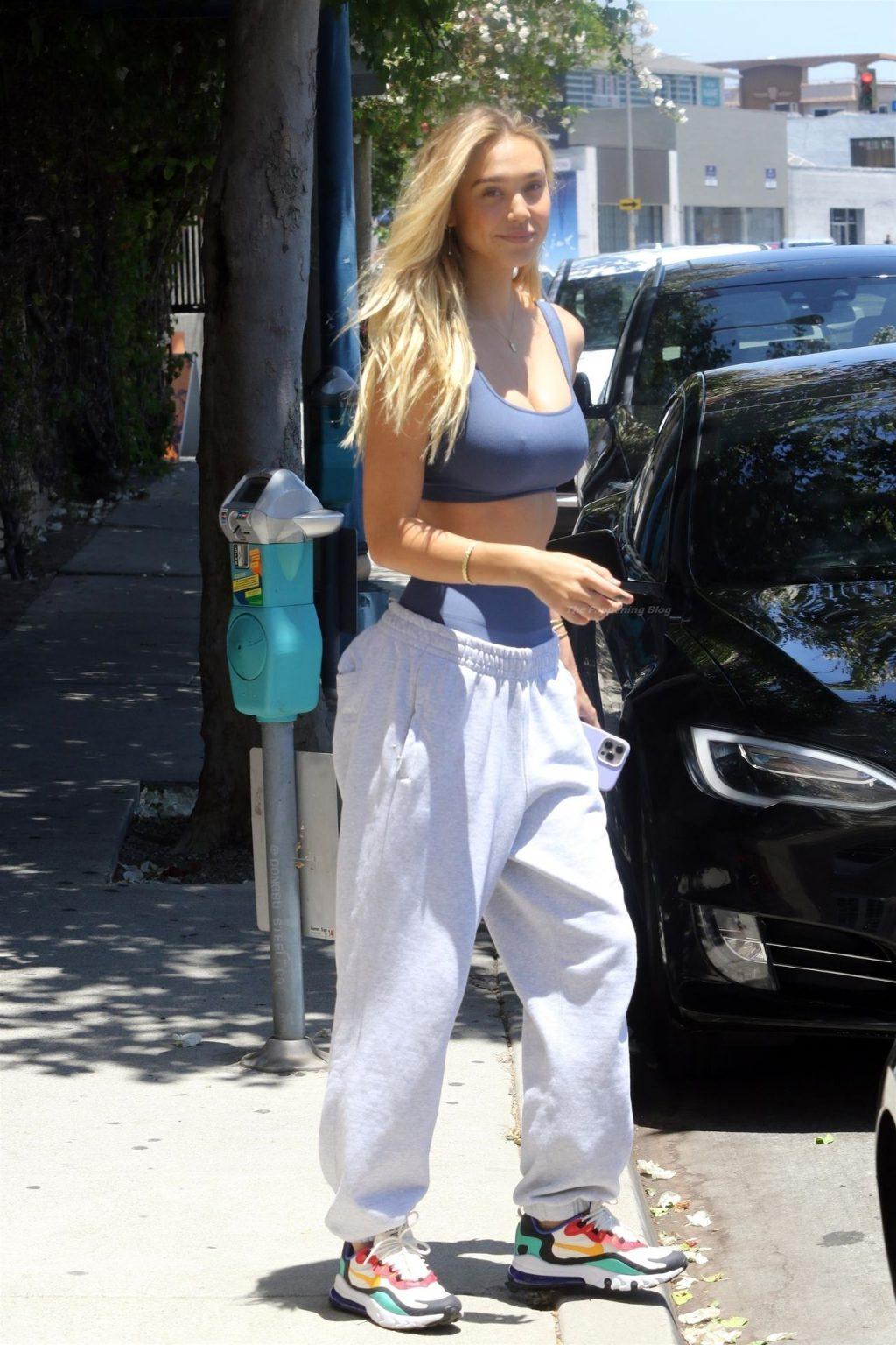 Alexis Ren is All Smiles After Her Workout in WeHo (33 Photos)