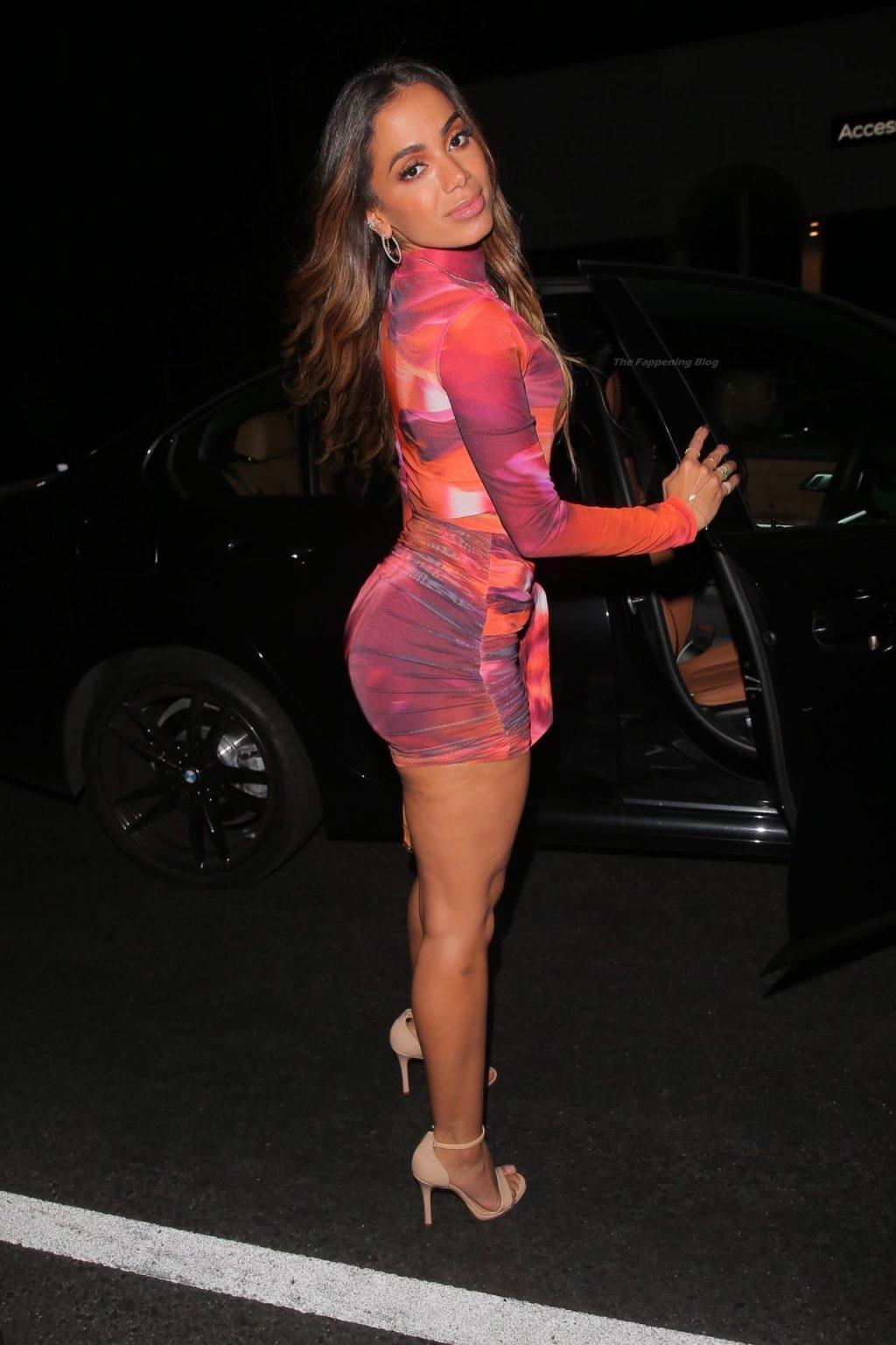 Anitta & Nikita Dragun are Seen Arriving at The Nice Guy (37 Photos + Video)