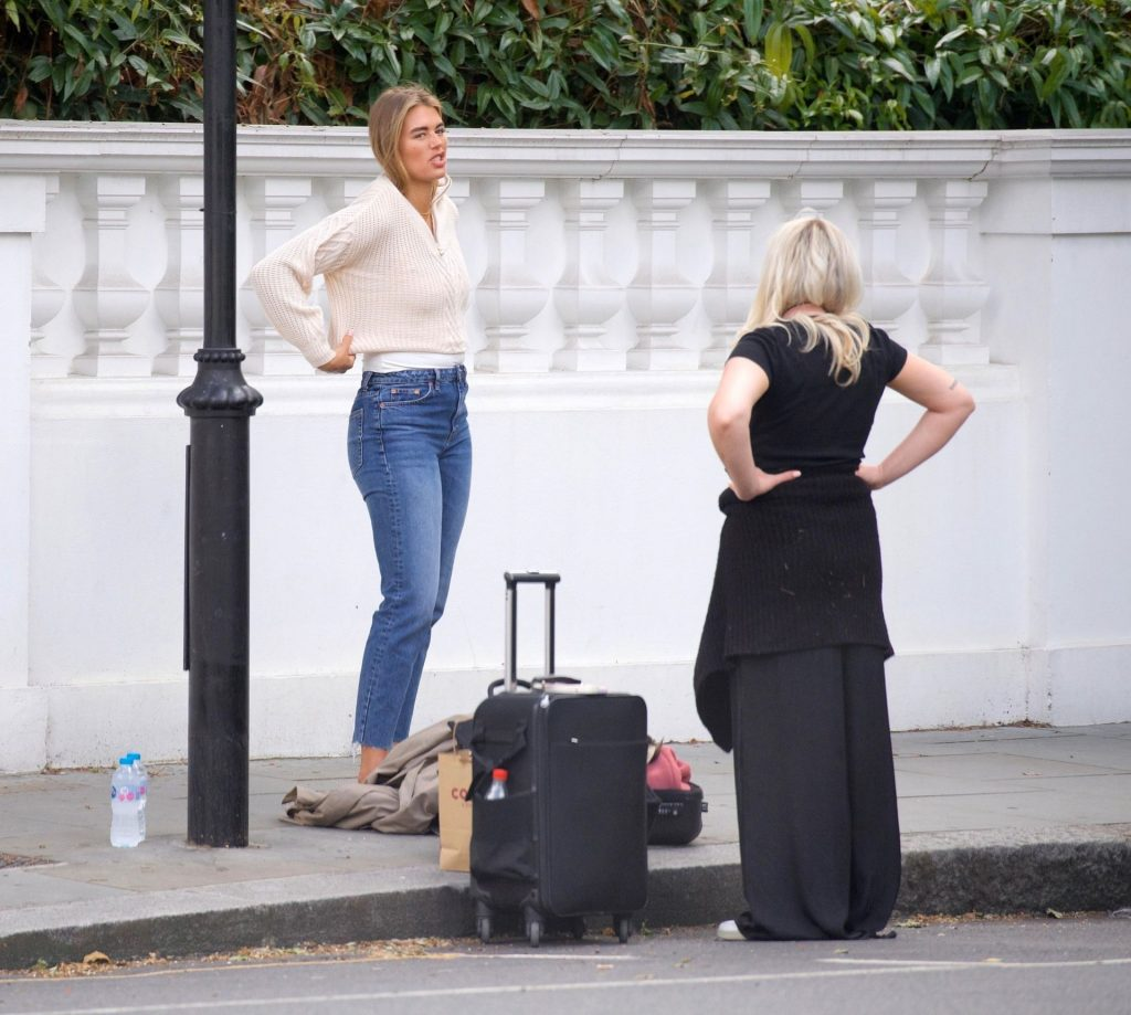 Arabella Chi is Seen Doing a Photoshoot in London (44 Photos)