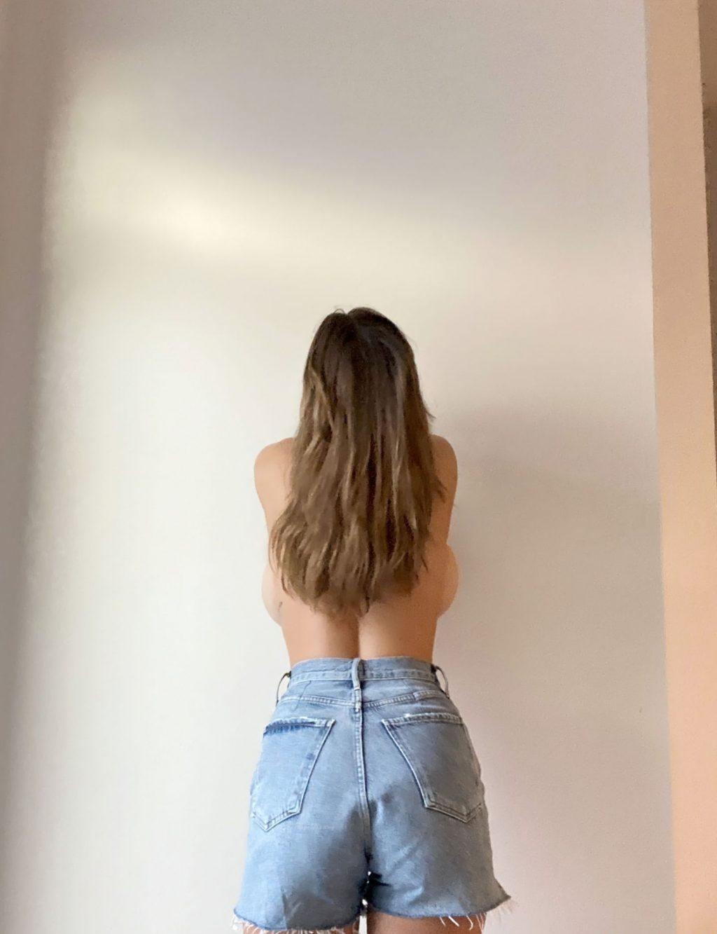 Ashley Tervort Topless (14 Photos)