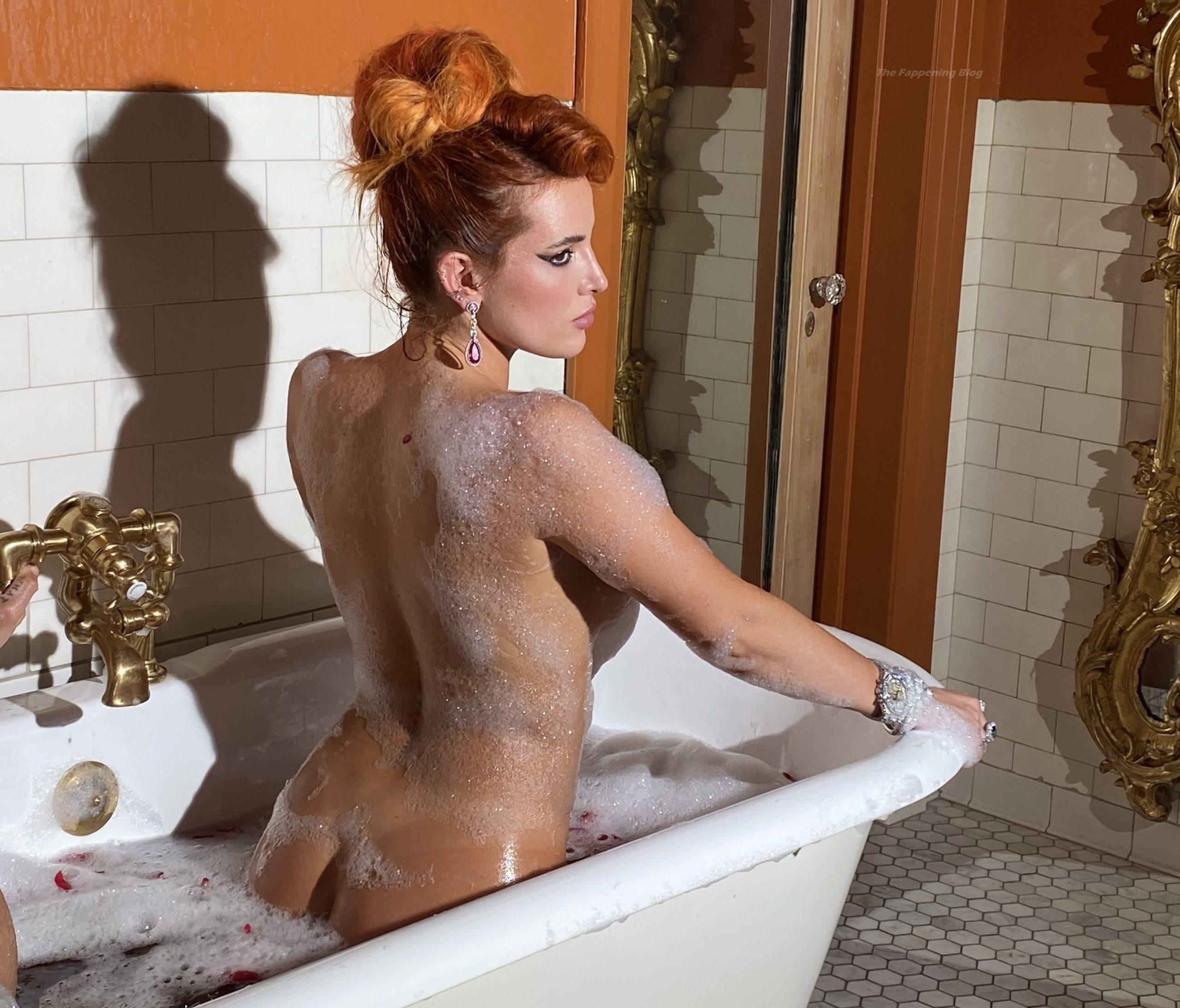 Thorne nude bella Bella Thorne's
