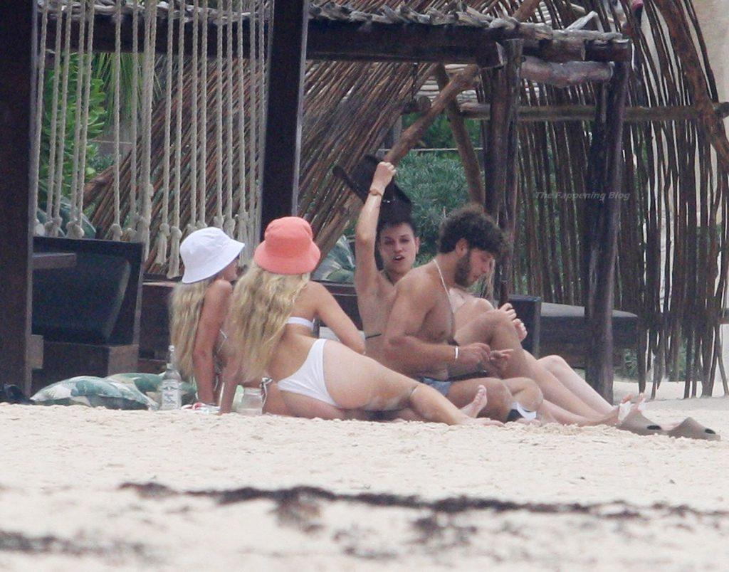 Delilah Hamlin Parades Her Flawless Bikini Body on the Beach in Tulum (19 Photos)