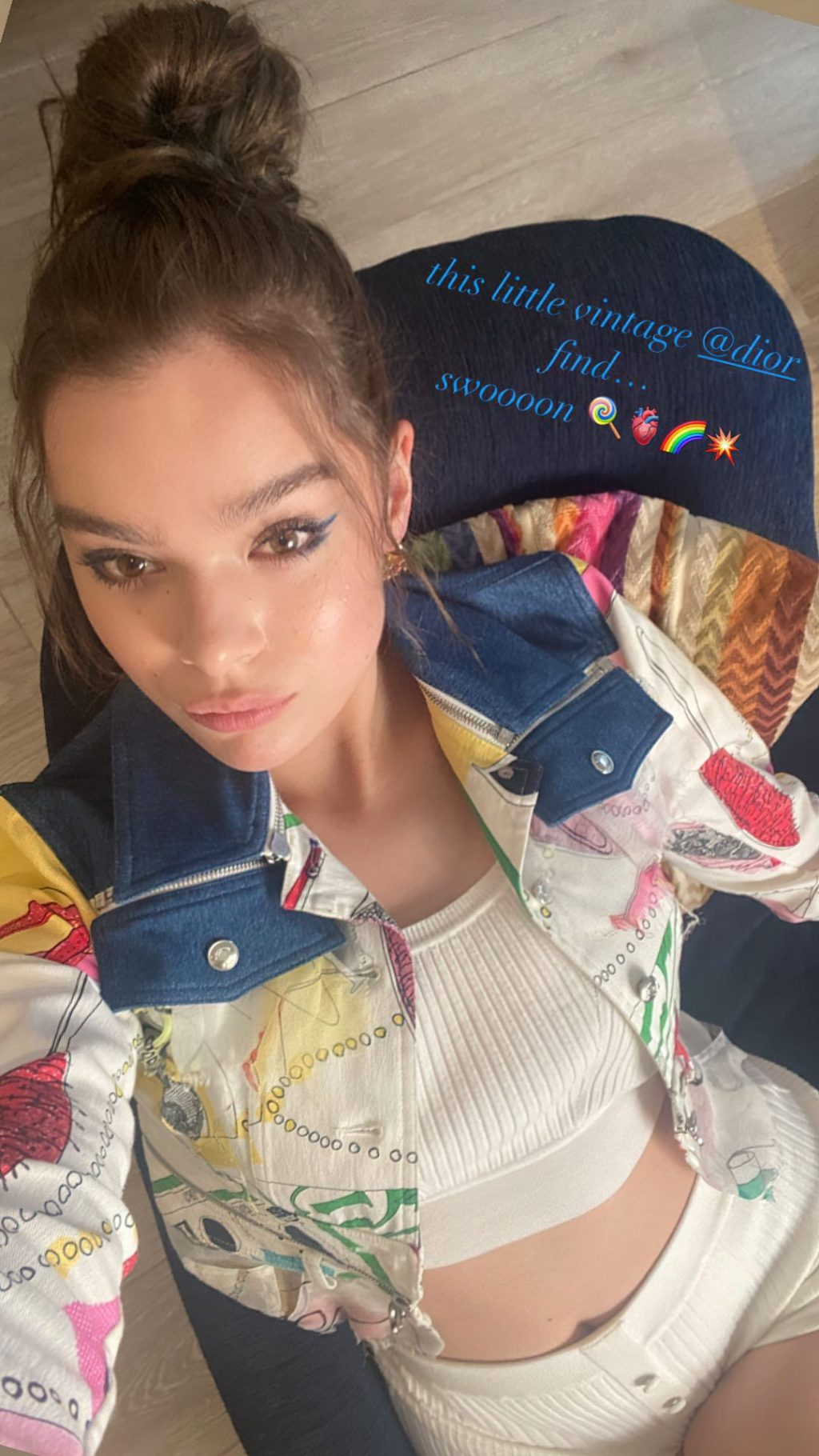 Hailee Steinfeld Nude & Sexy Collection (34 Photos + Video) [Updated 09/19/21]