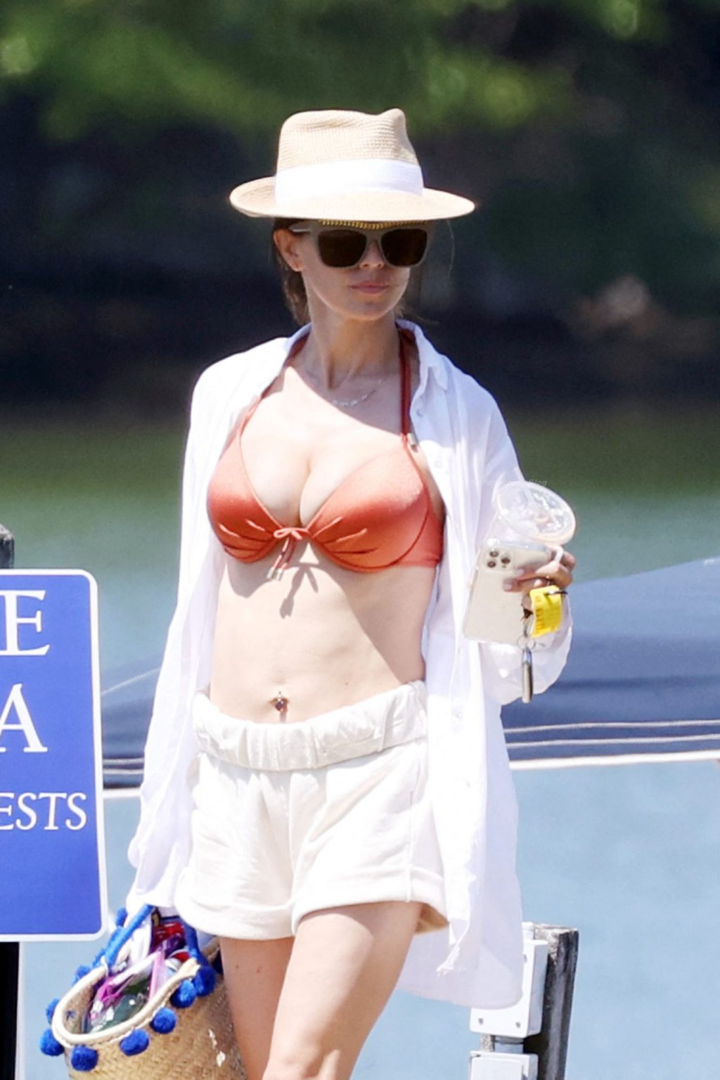 Busty Hilaria Baldwin & Alec Baldwin Are Photographed Spending Time With Their Kids (22 Photos)