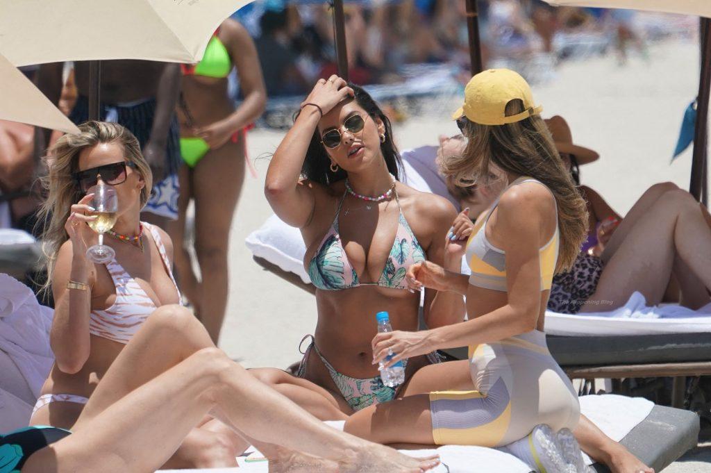 Jehona Dreshaj Flaunts Her Tits in a Bikini at the Beach in Miami (14 Photos + Video)