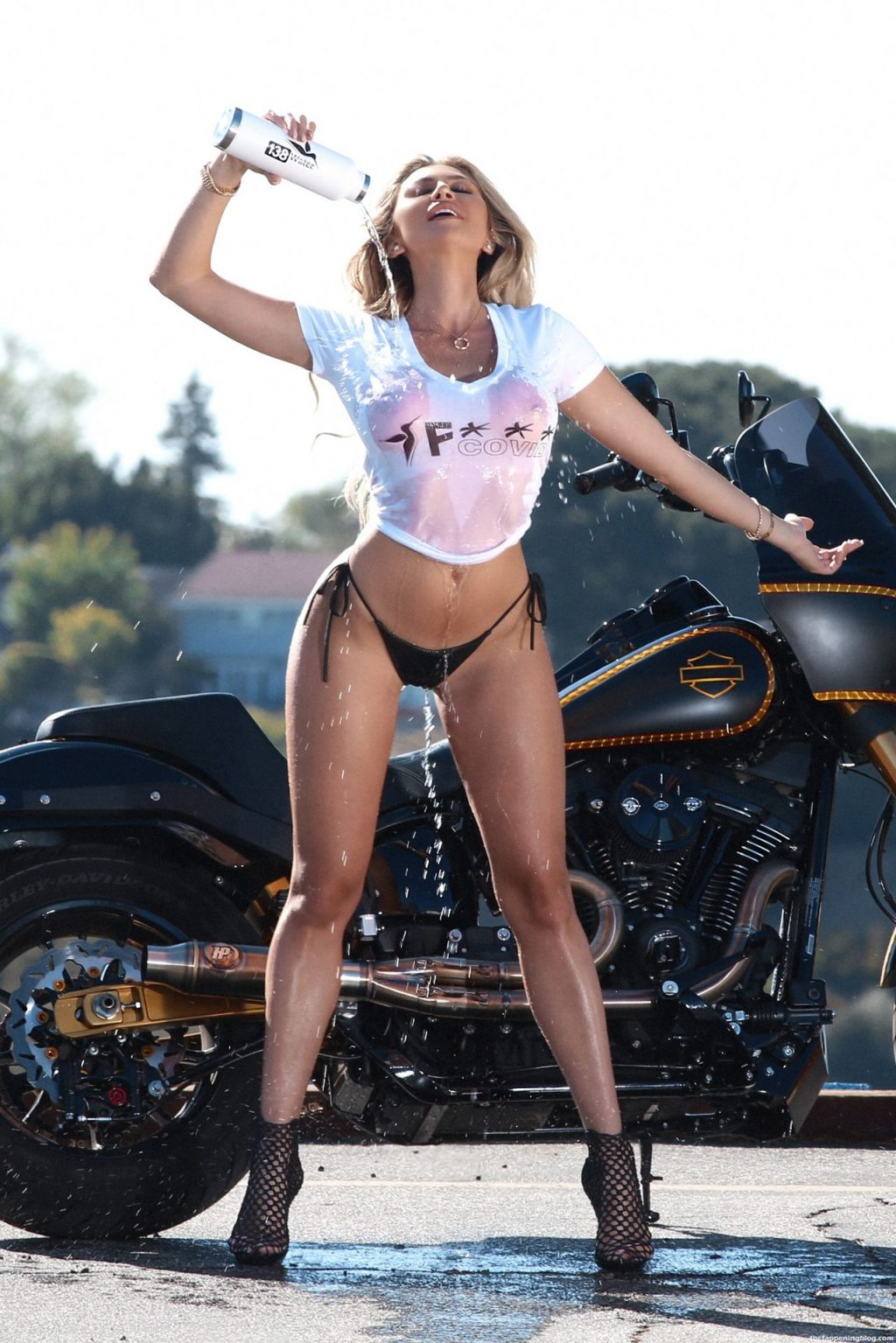 Khloe Terae Gets Her T-shirt Wet While Doing a Risqué Photoshoot for the 138 Water Brand (37 Photos)