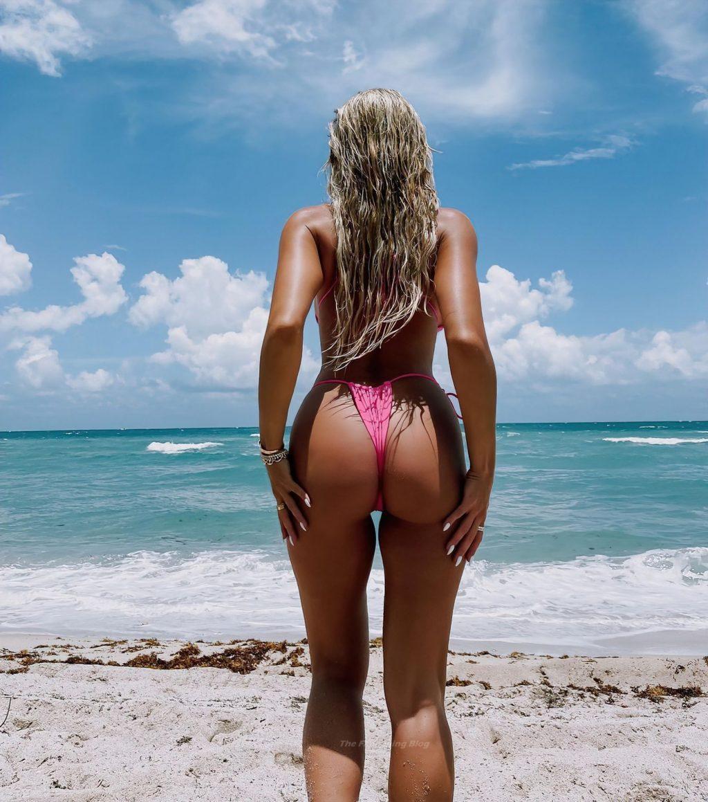 Khloe Terae Sexy (6 Hot Photos)