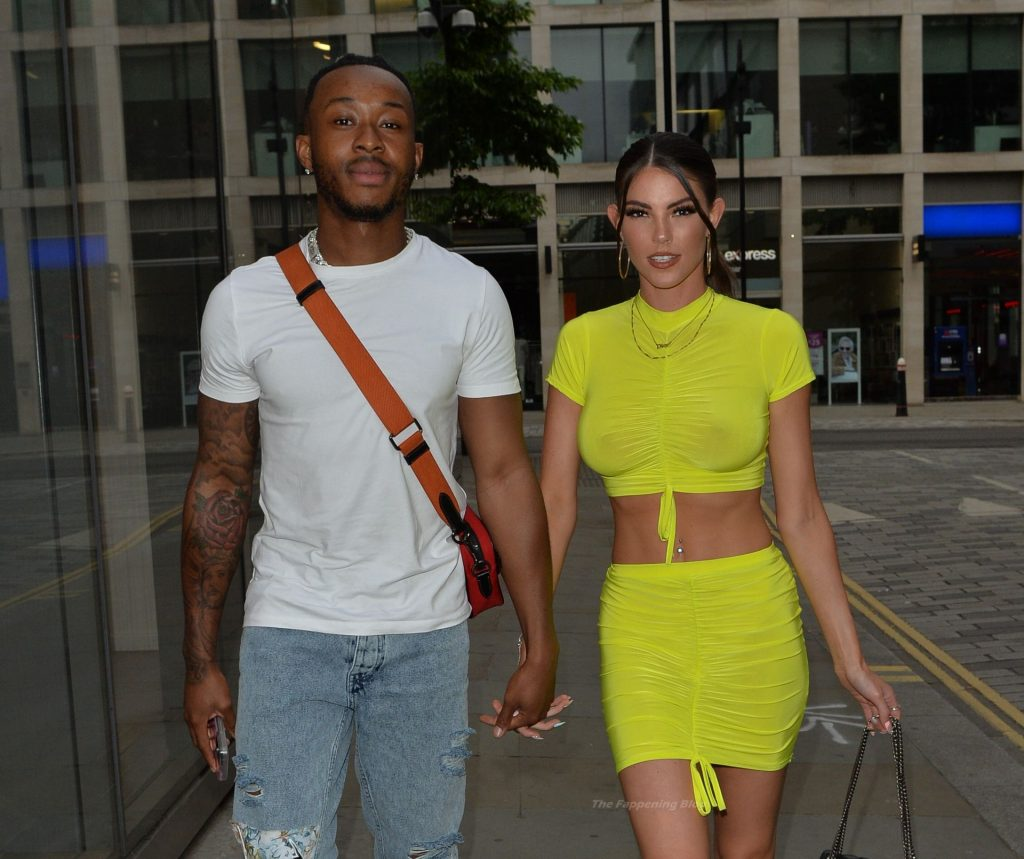 Rebecca Gormley & Biggs Chris Are Seen Leaving Madison's Roof Top (37 Photos)