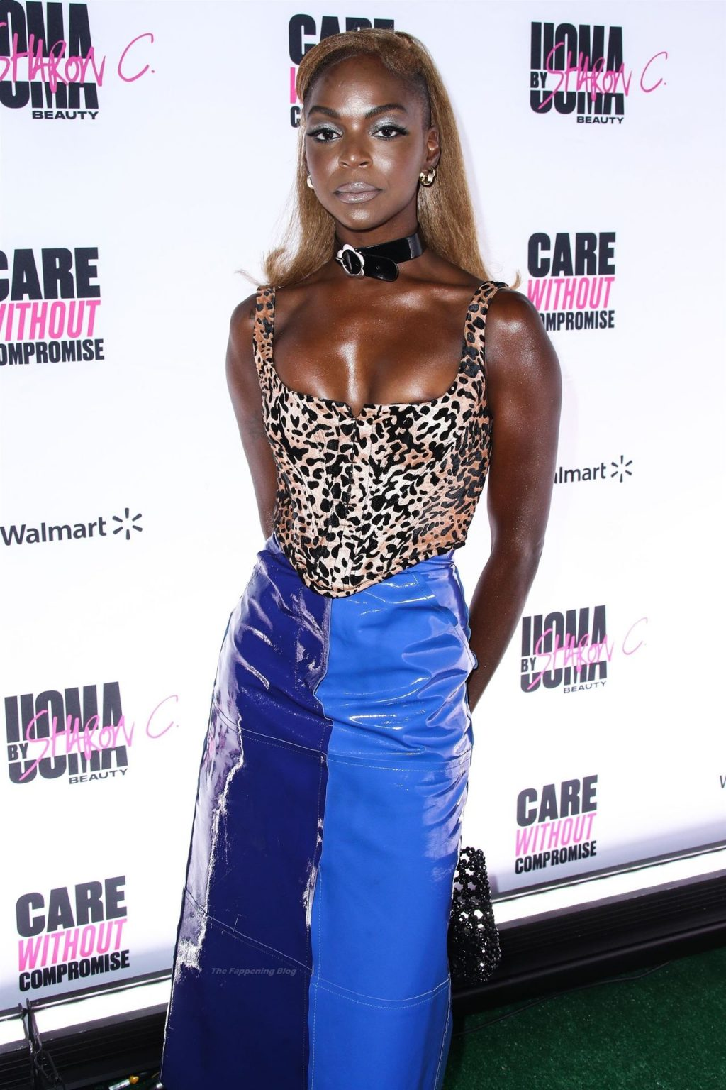 Samantha Marie Ware Flashes Her Areola at the Event (6 Photos)