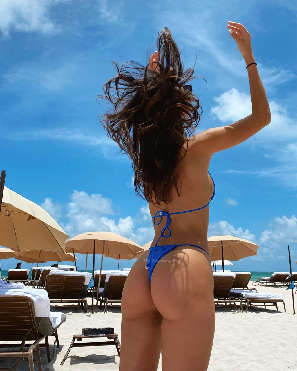 Sohni Ahmed Shows Off Her Slender Body in a Blue Bikini at the Beach in Miami (22 Photos)