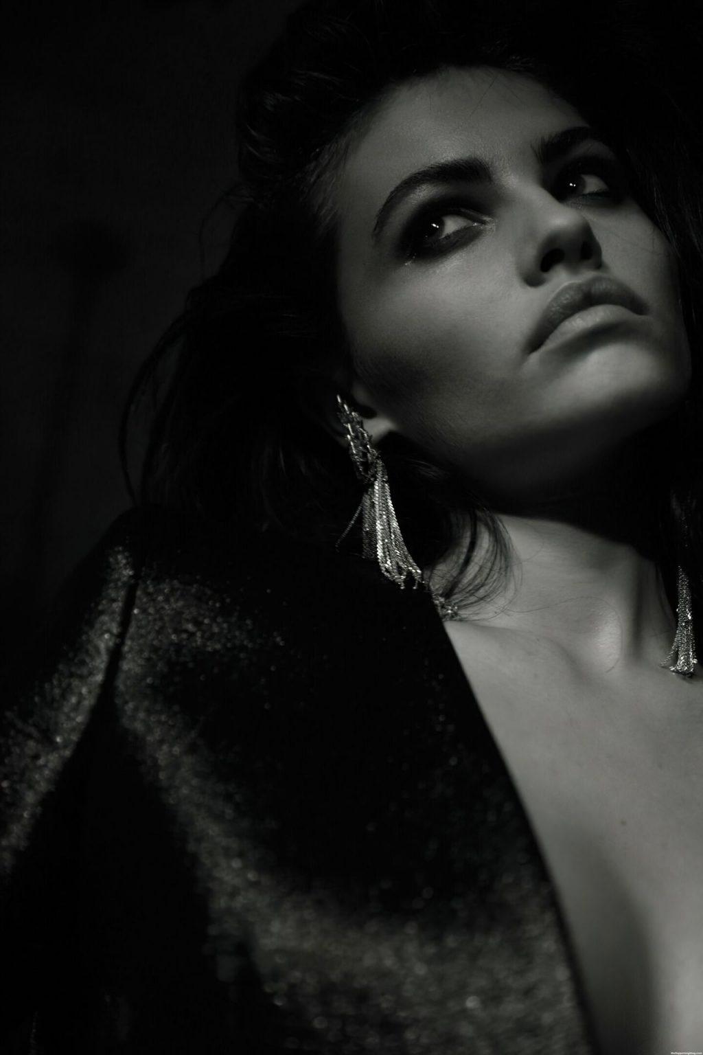 Thylane Blondeau Topless & Sexy (13 Photos)