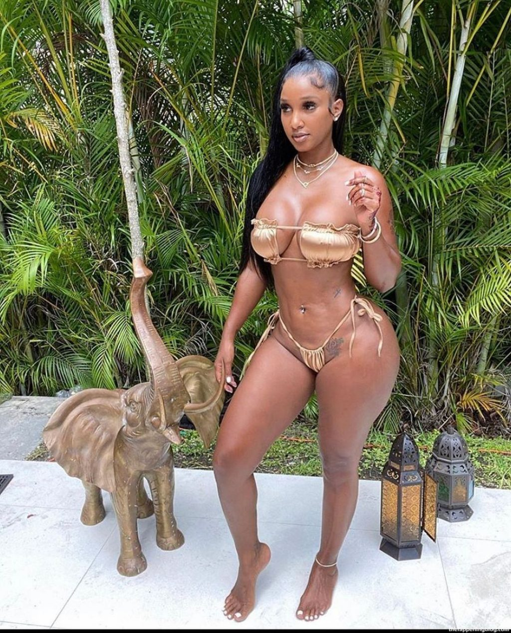 Yasmine Lopez Nude & Sexy (129 Photos + Video)