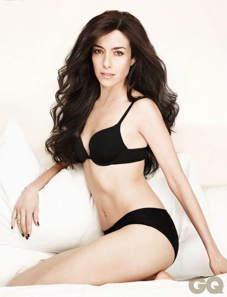 Cecilia Suarez Nude & Sexy (13 Photos + Video)