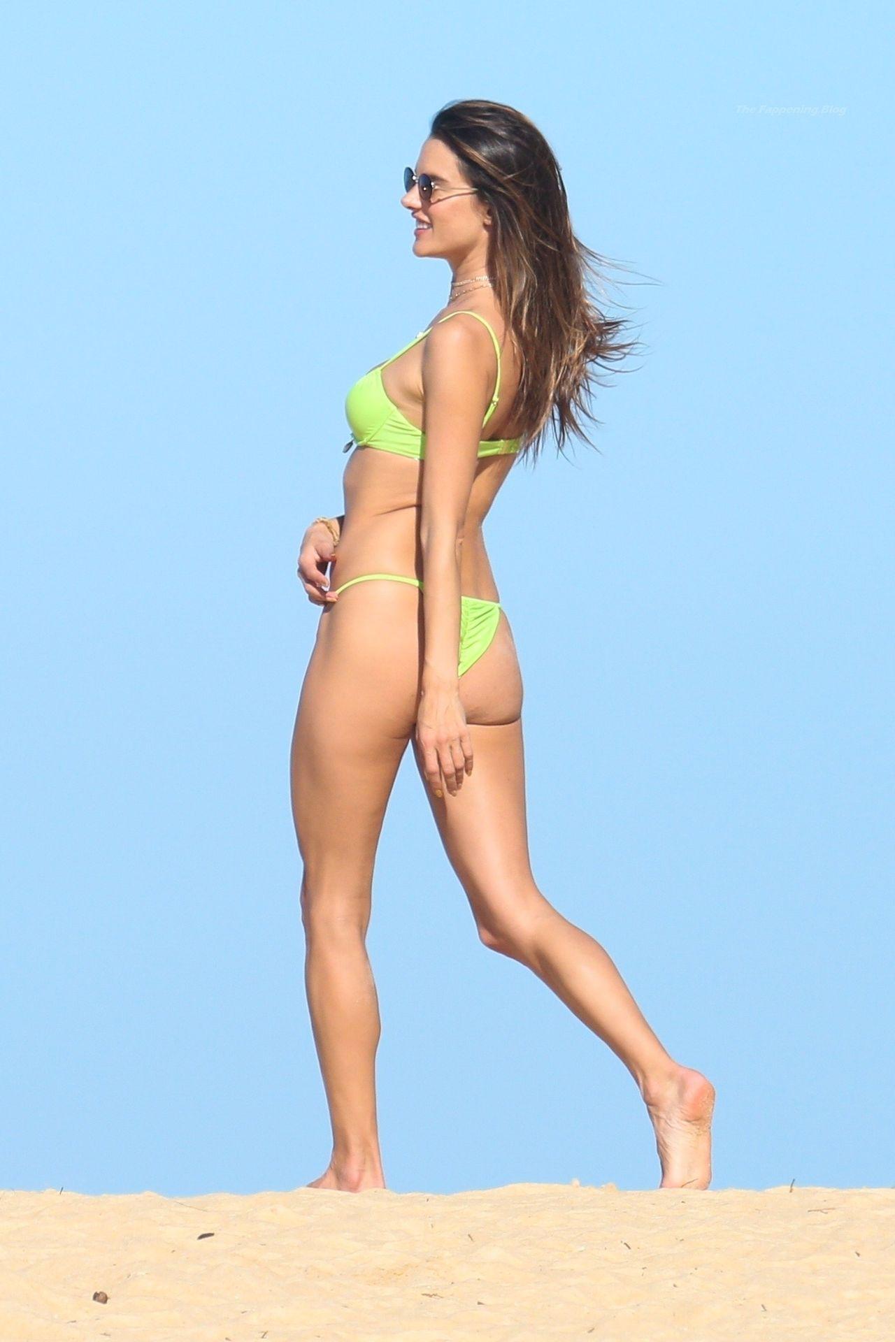 Alessandra-Ambrosio-Sexy-The-Fappening-Blog-1001.jpg
