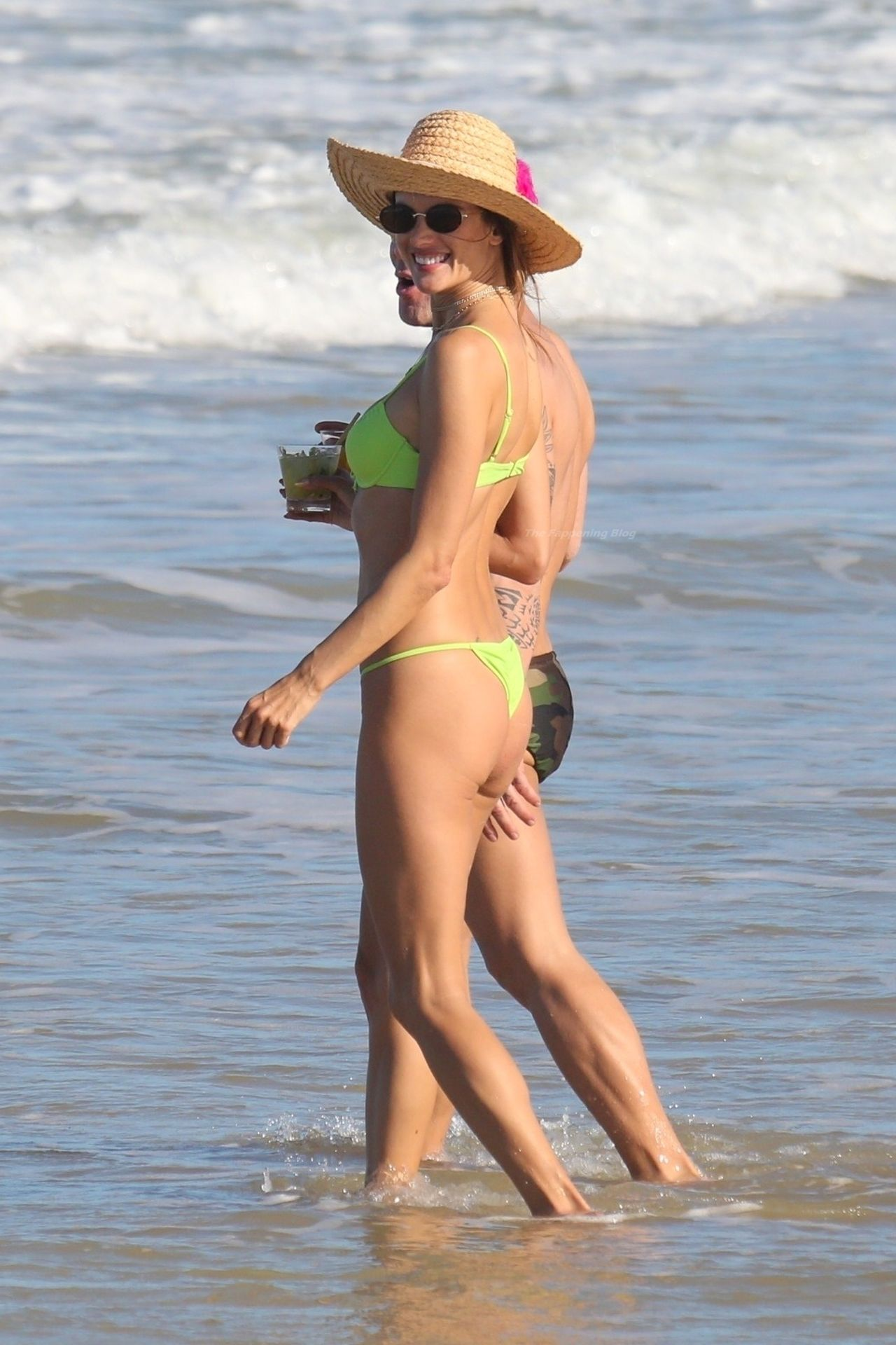 Alessandra-Ambrosio-Sexy-The-Fappening-Blog-321.jpg