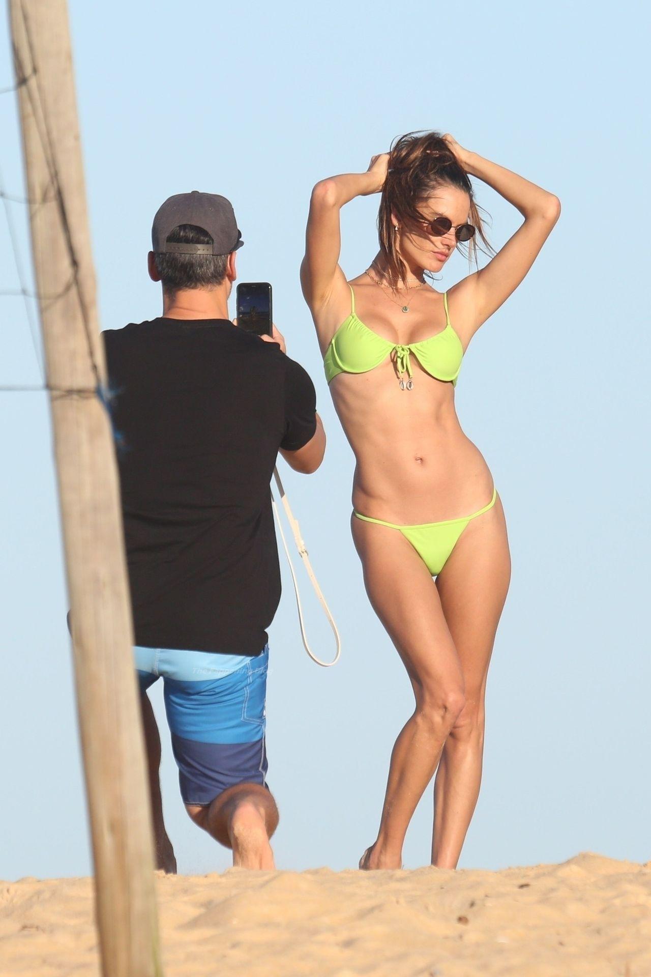 Alessandra-Ambrosio-Sexy-The-Fappening-Blog-601.jpg