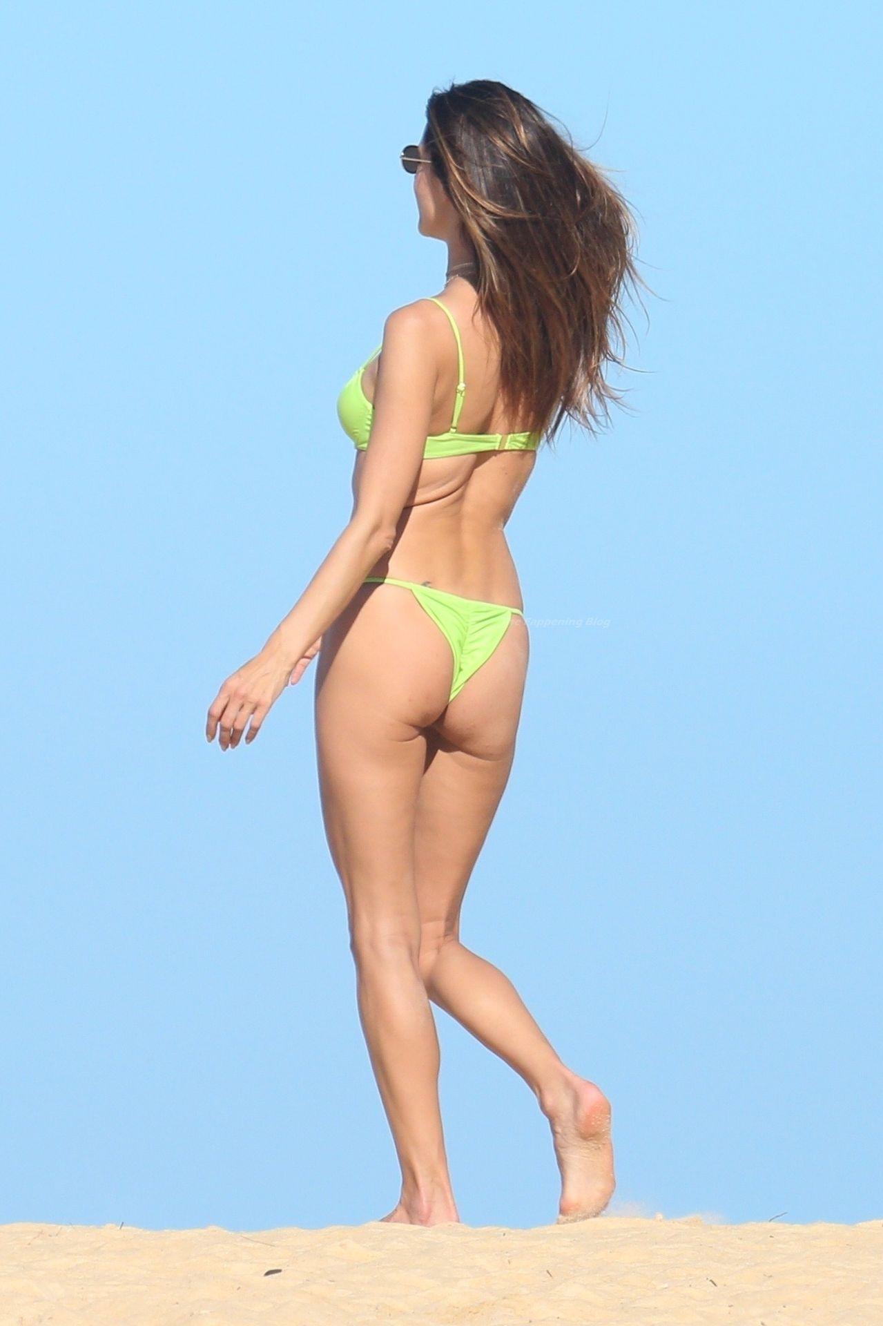Alessandra-Ambrosio-Sexy-The-Fappening-Blog-991.jpg