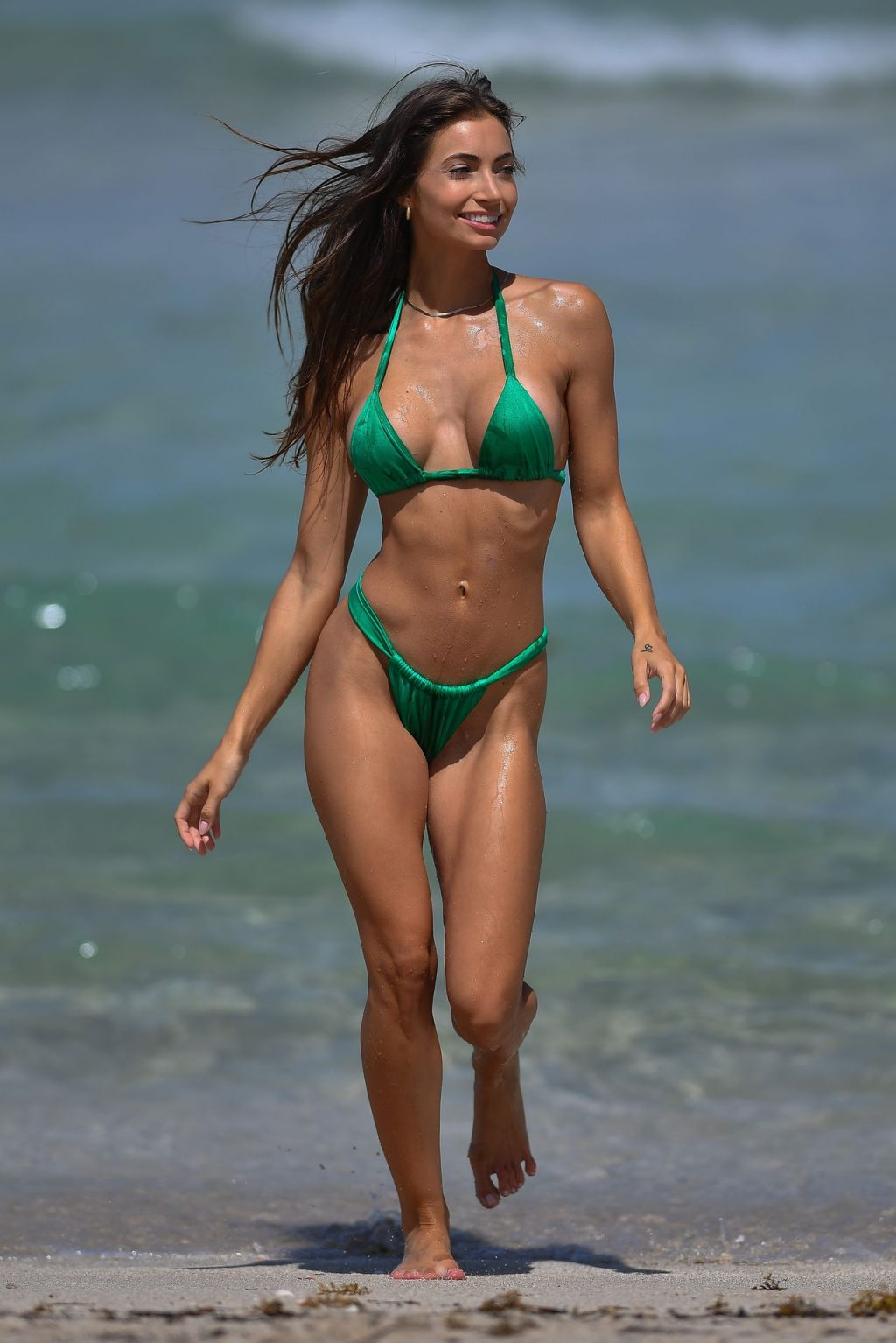 Anna Louise Shows Off Her Sexy Body in a Green Bikini on the Beach in Miami (14 Photos)