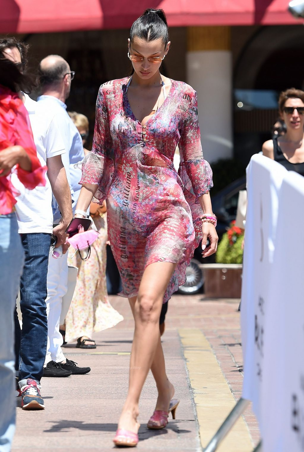 Bella Hadid is Seen Out for Lunch in Cannes (29 Photos)