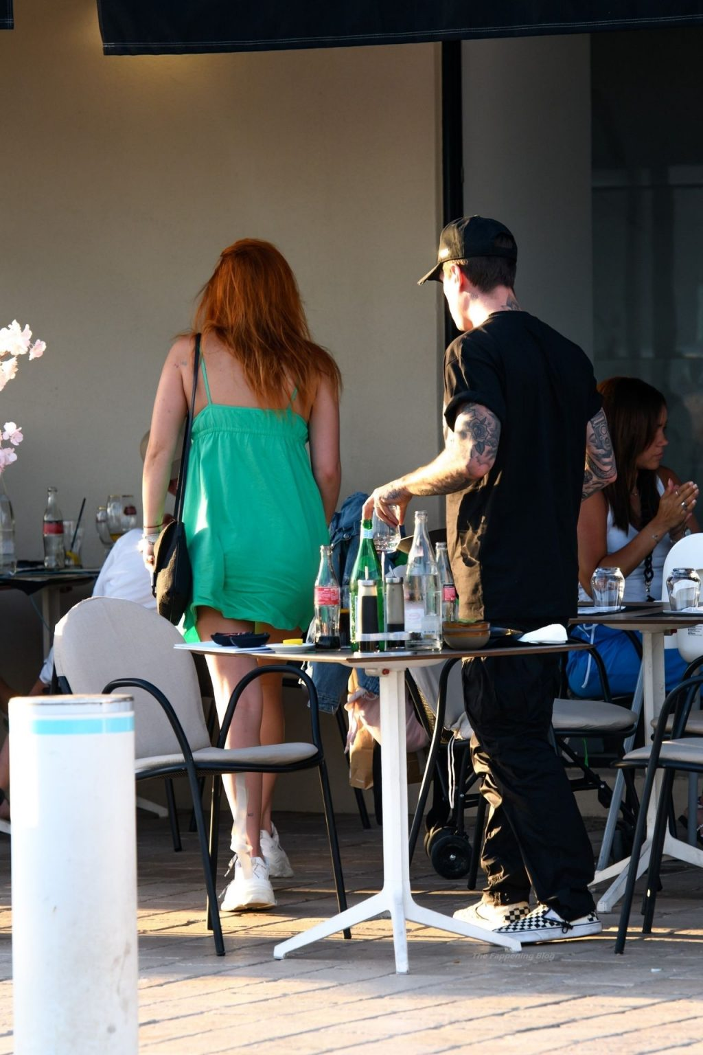 Bella Thorne & Benjamin Mascolo are Spotted at Su and Shi Restaurant (26 Photos)