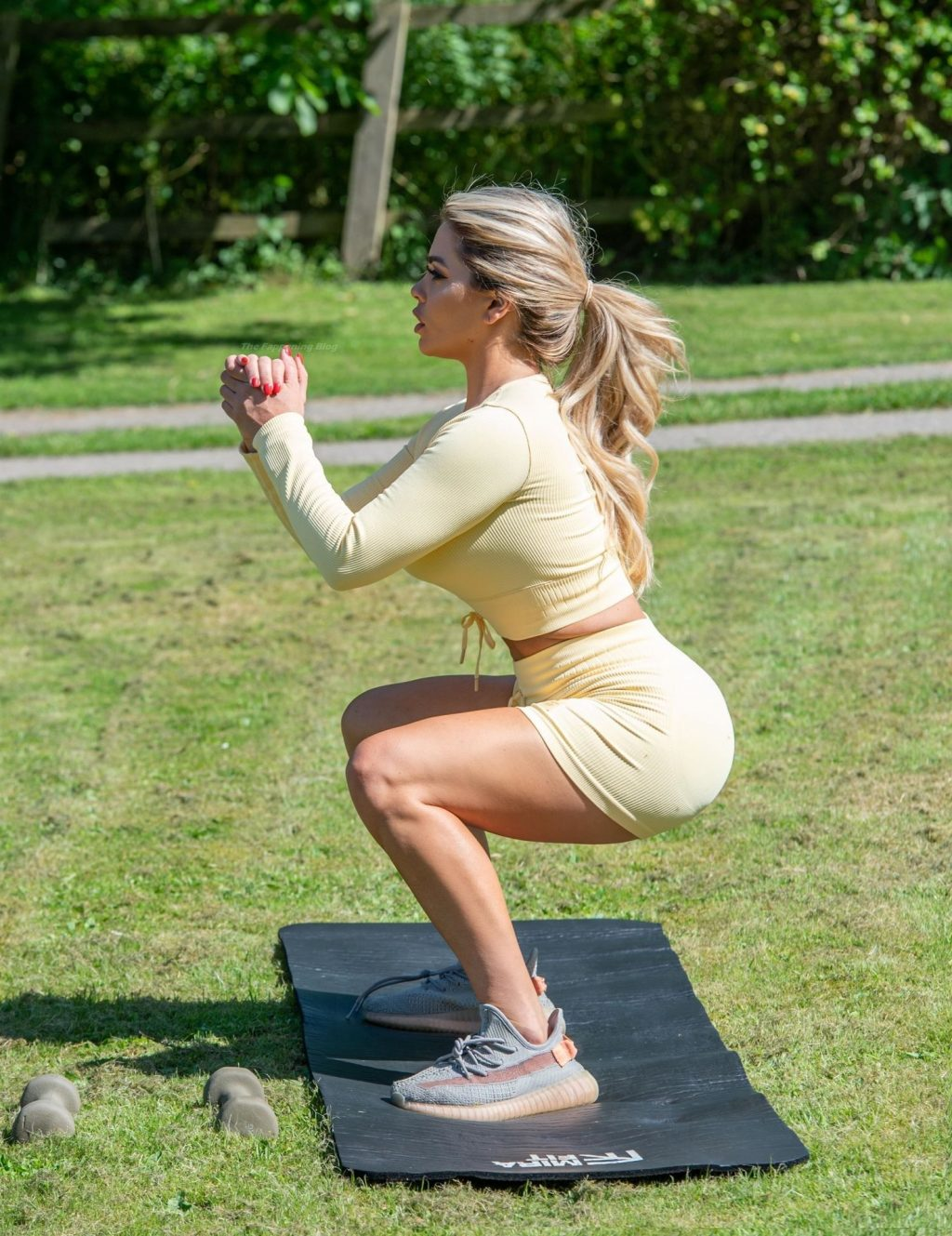 Bianca Gascoigne Shows Off Her Amazing Figure During a Workout Session (10 Photos)