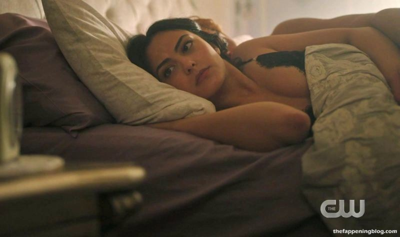 Camila Mendes Nude & Sexy Collection (95 Photos + Videos)