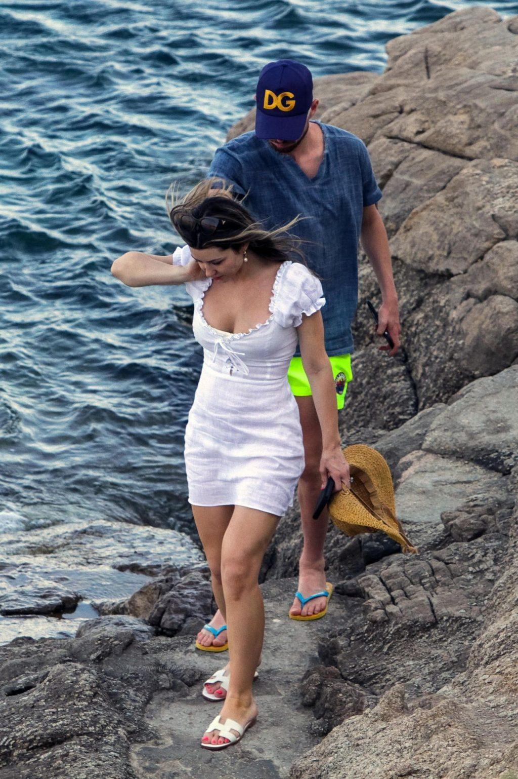 Catherine Harding & Jorginho Enjoy Their Holidays in Mykonos (48 Photos)