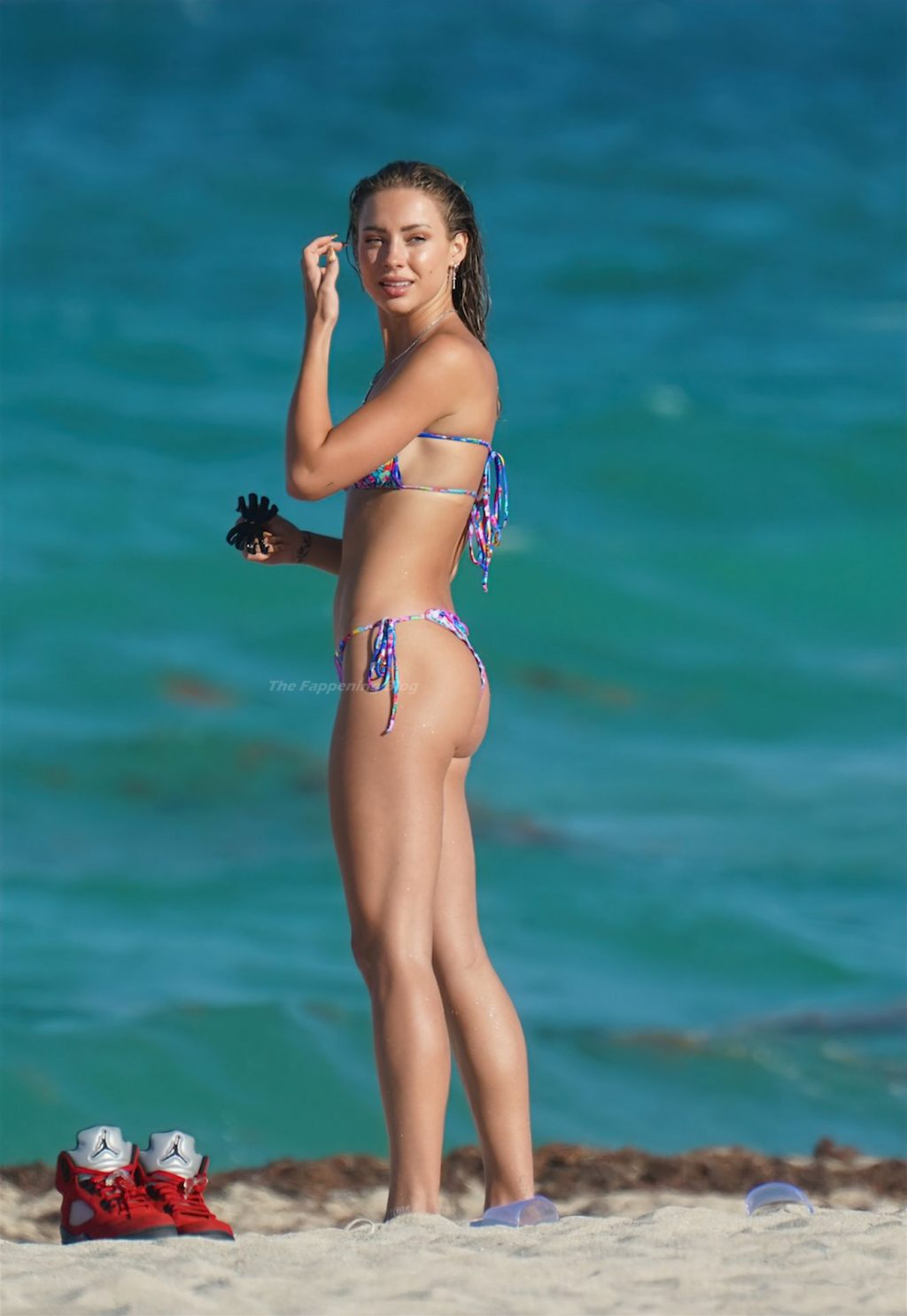 Charly Jordan is Seen at the Beach in Miami (21 Photos)