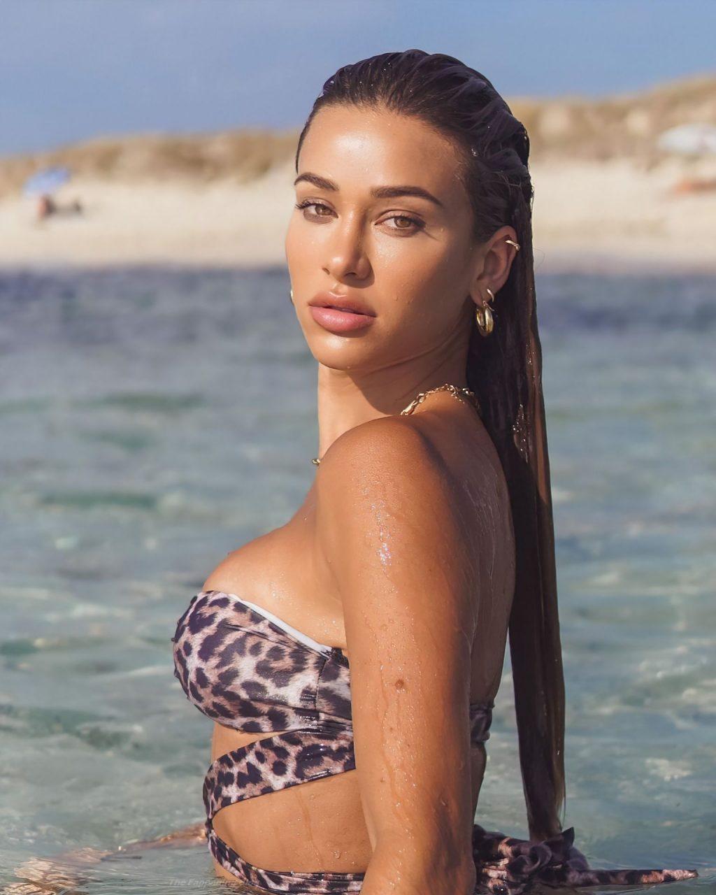 Cindy Prado Sexy (12 Photos)