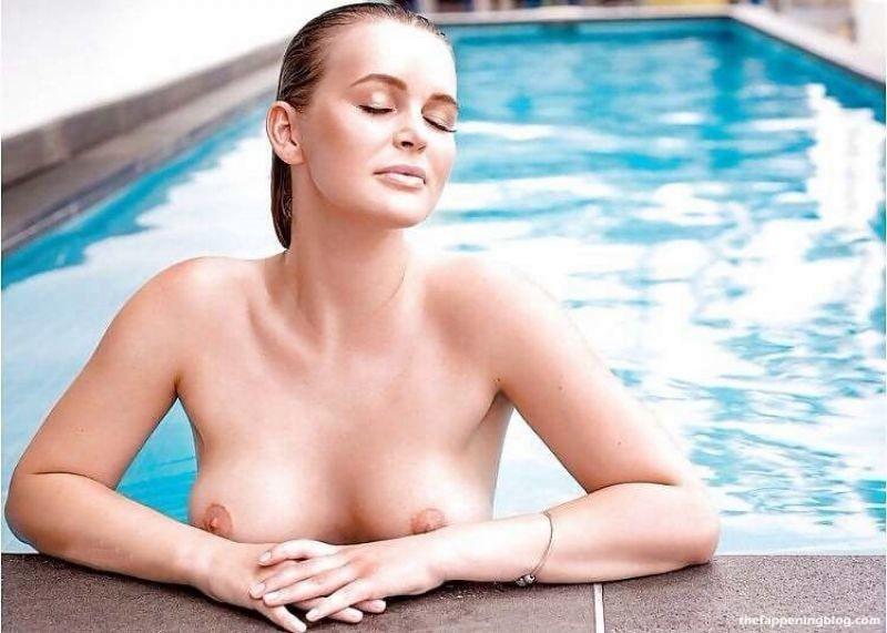Elle Knox Nude Collection (64 Photos)