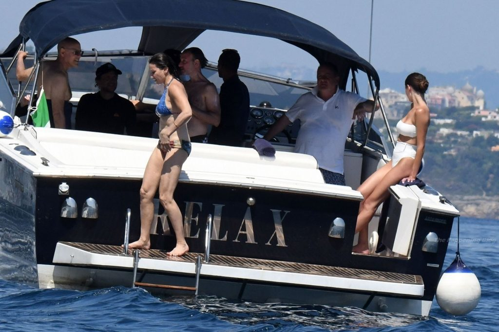Gina Gershon is Pictured in a Bikini on a Boat (47 Photos)