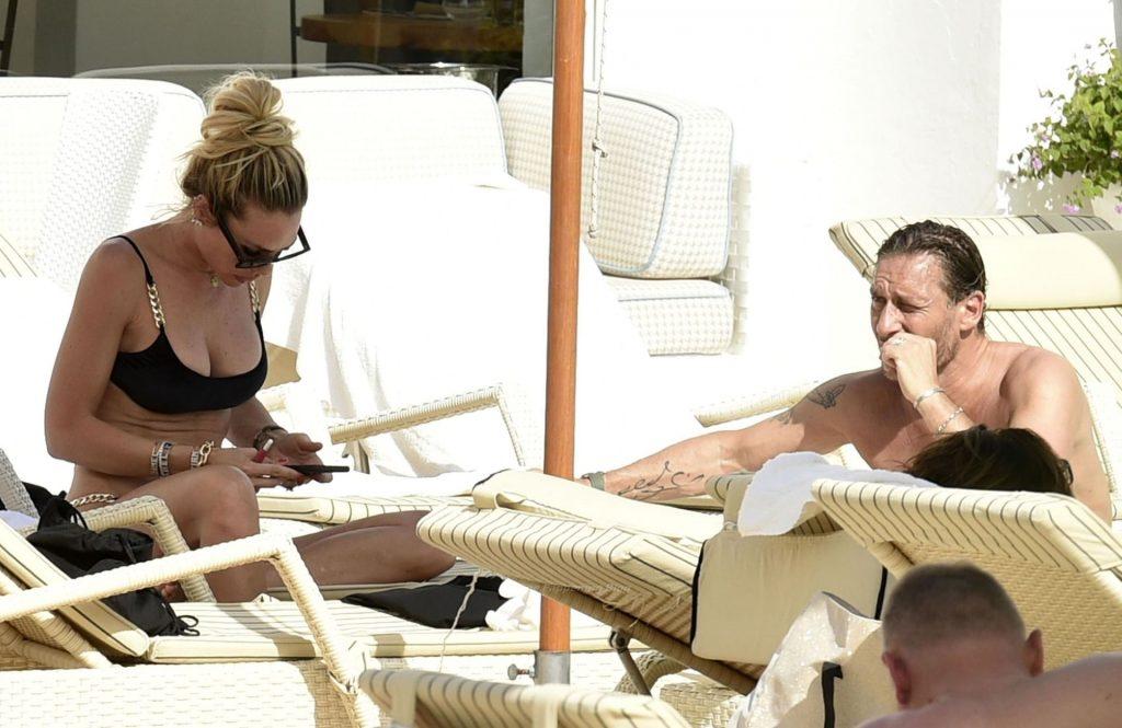 Francesco Totti & Ilary Blasi Enjoy a Day at the Pool in Sardinia (7 Photos)