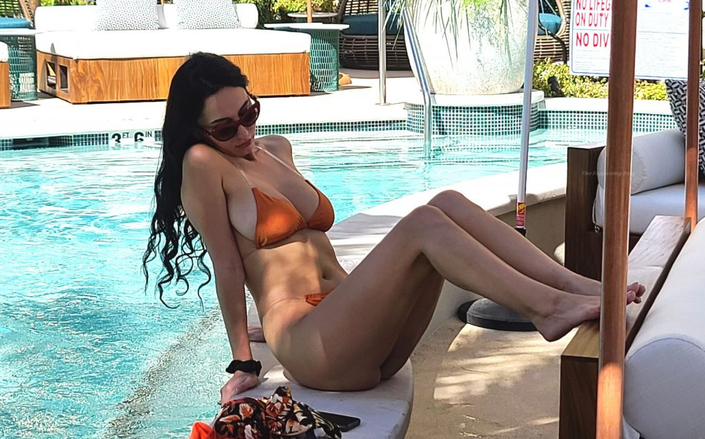 Iva Kovacevic Shows Off Her Curves in a Small Orange Bikini (33 Photos)